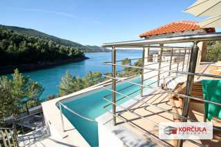 5 star seaside villa with private beach, sauna, pool and park