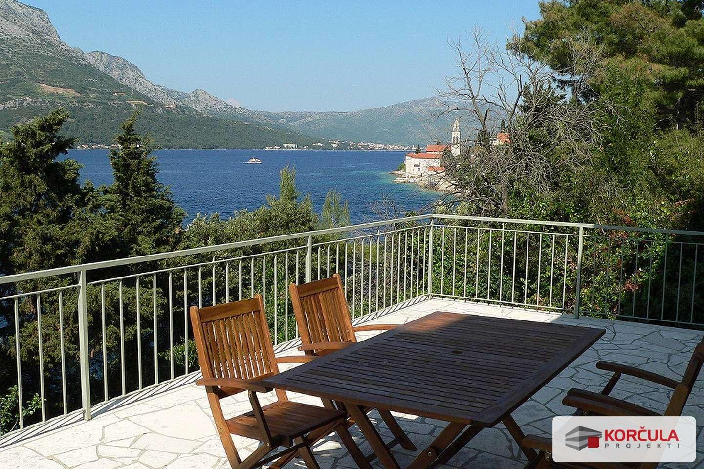 House close to the sea and near Korčula town