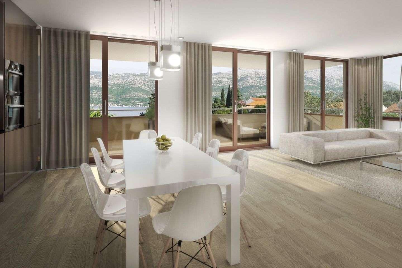 Luksuzni stan na vrhu nove troetažne zgrade, prvi red do mora