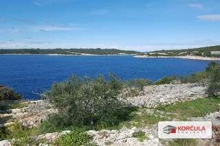 Zemljište s pogledom na more u prekrasnoj uvali