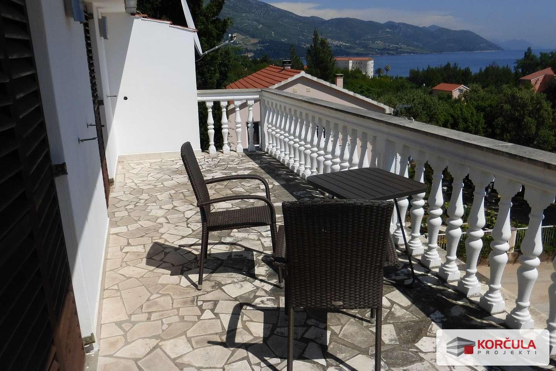 Stan u Orebiću s pogledom na more