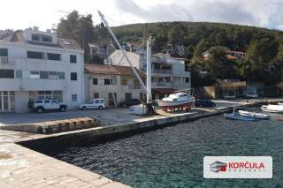 Waterfront house - Prigradica