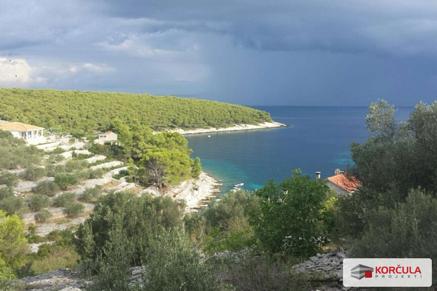 Building land in a beautiful bay on the west side of the island of Korcula
