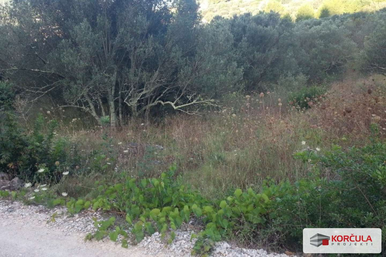 Building plot in Vela Luka - very convenient