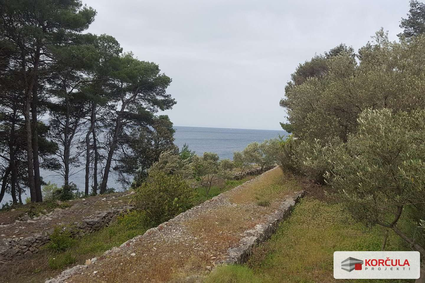 Fantastic plot, next to the sea with a beautiful view