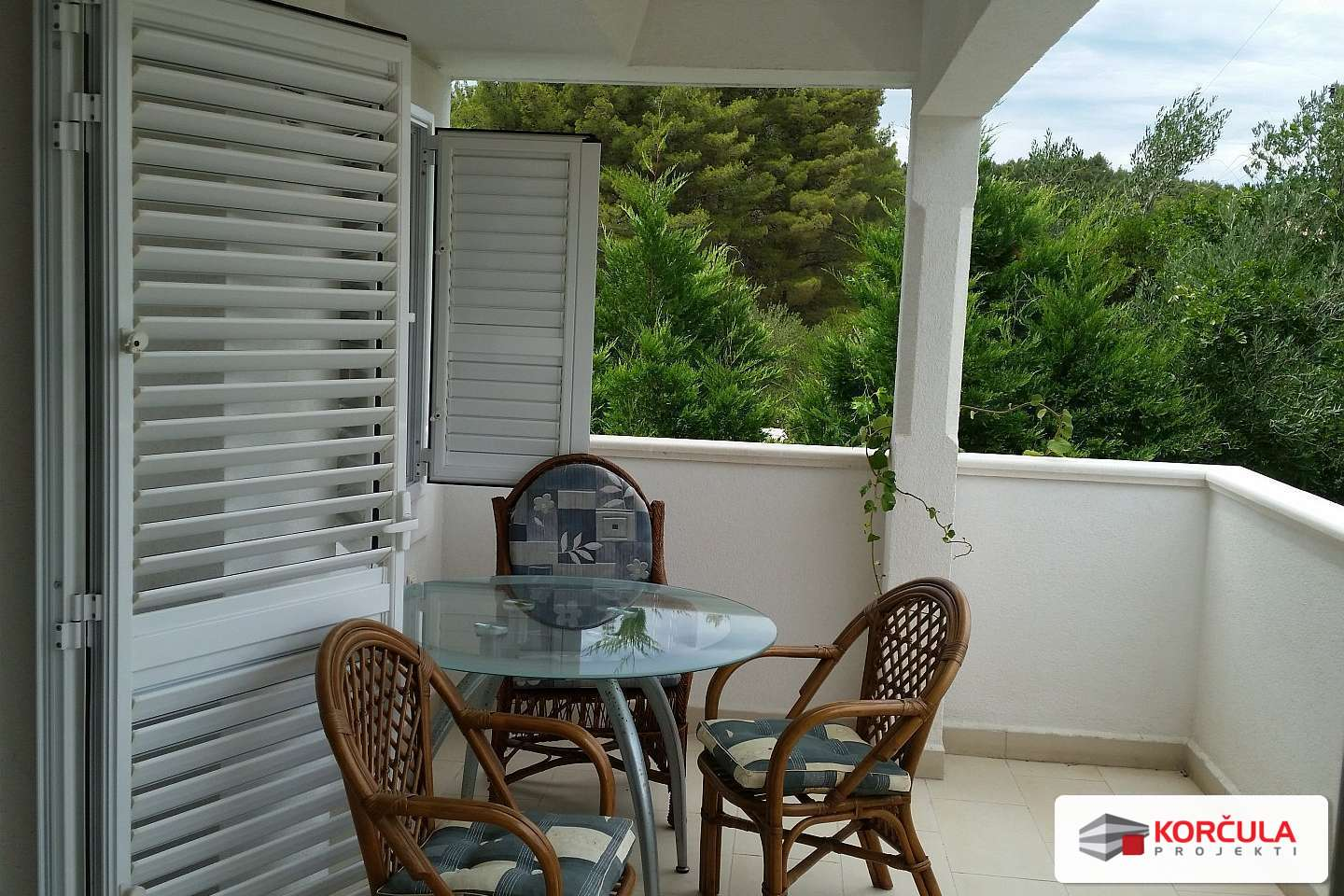Two bedroom apartment ''F''near the sea