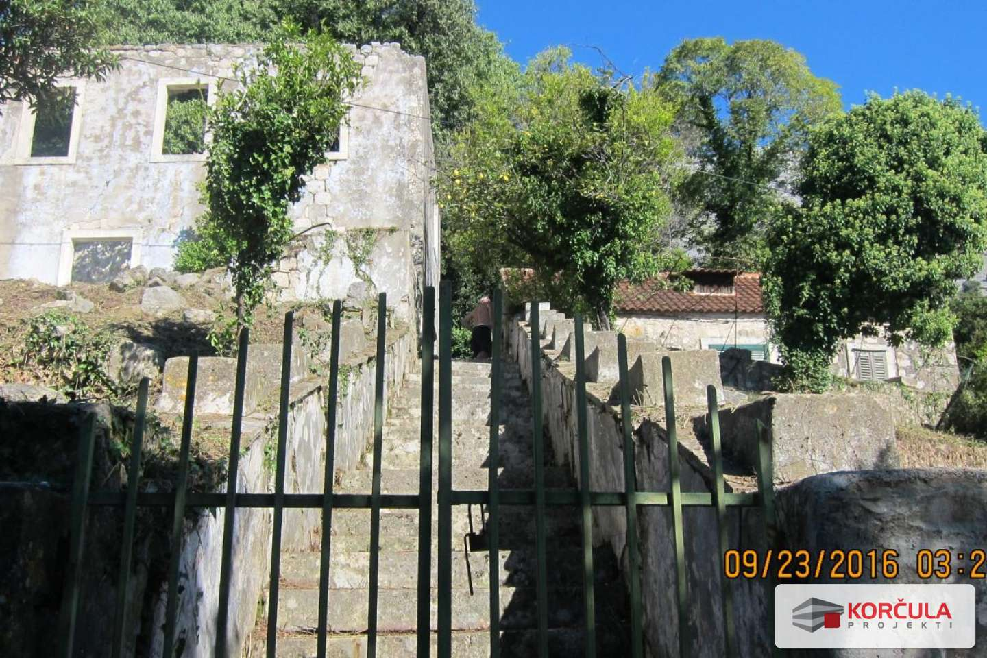 Old spacious property above Orebić - Renovation project with a reconstruction permit
