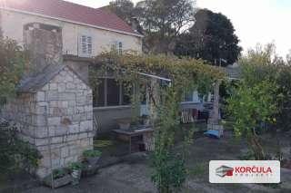 Stara kamena kuća s prostranom okućnicom i pogledom na more - projekt renovacije