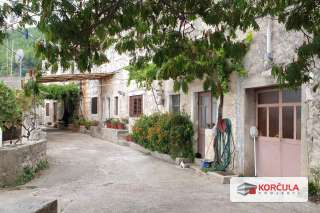 Old stone house in the heart of the Korčula island and with panoramic view - renovation project