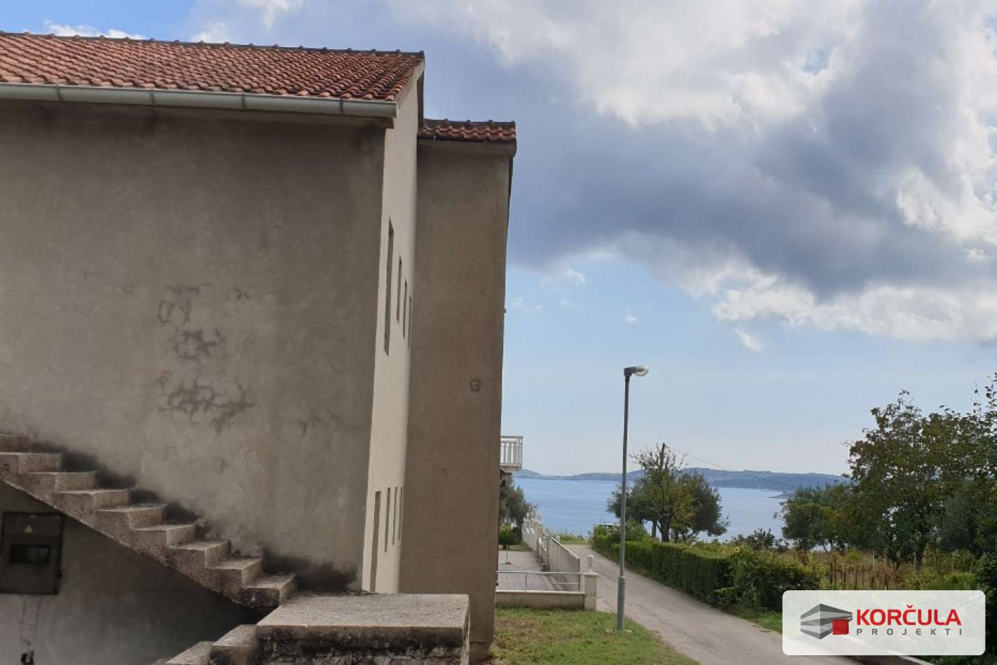 Two-storey house with panoramic sea view - renovation project