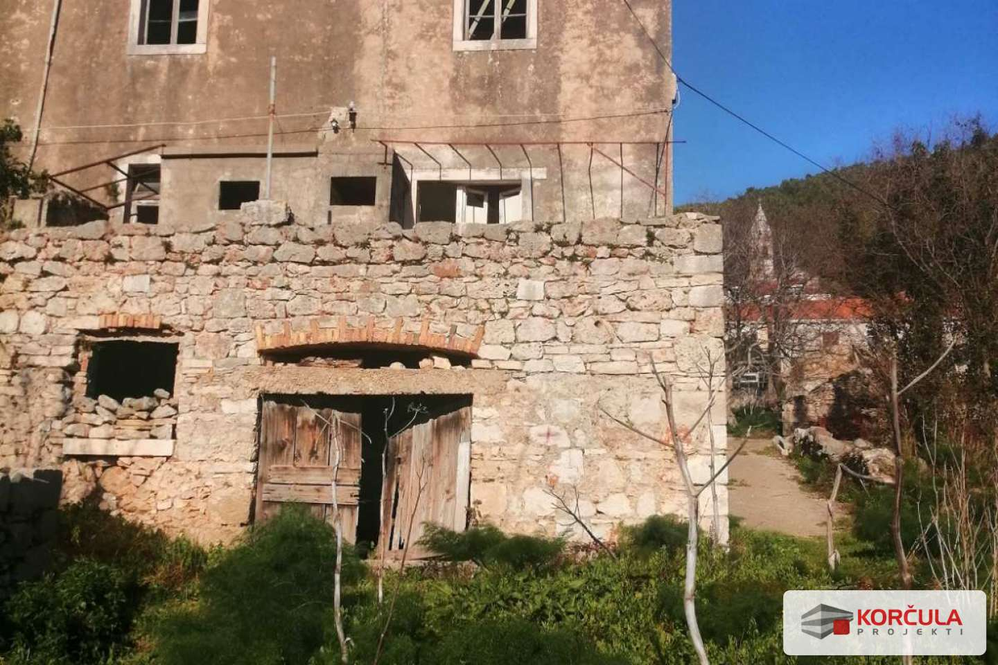 Old stone house in the heart of the island with beautiful sea view