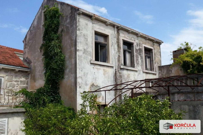 Stara kuća s okućnicom u centru Blata - projekt renovacije