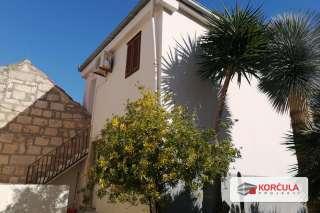 Stanovi u blizini centra grada Korčule – odlična lokacija za turističku djelatnost