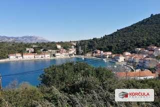 Građevinsko zemljište na sjevernoj obali otoka: blizina grada Korčule, panoramski pogled na more
