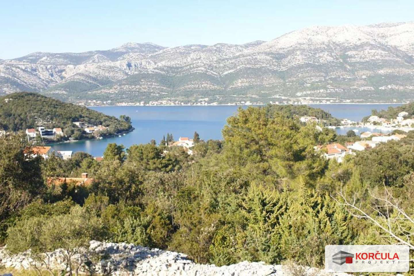 Building plot with panoramic sea view, near the town of Korčula
