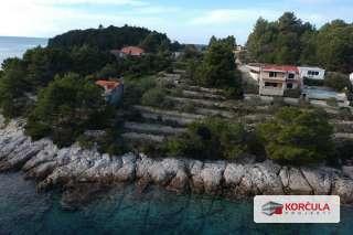 Prostrano građevinsko zemljište, prvi red do mora, zapadni dio otoka Korčule