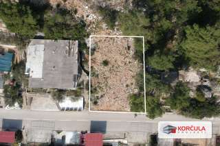 Building land, panoramic view, proximity of tourist resort, southern coast of the Korčula island