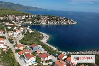 Zemljište sa prekrasnim panoramskim pogledom na otvoreno more u Zavalatici