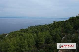 Impresivno poljoprivredno zemljište, sjeverna strana otoka Korčule